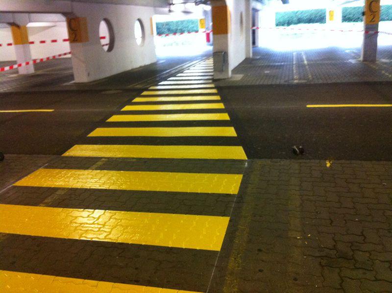 zebrastreifen-gelb-800.jpg